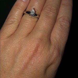 Gently Used QVC Diamonique Ring!💍